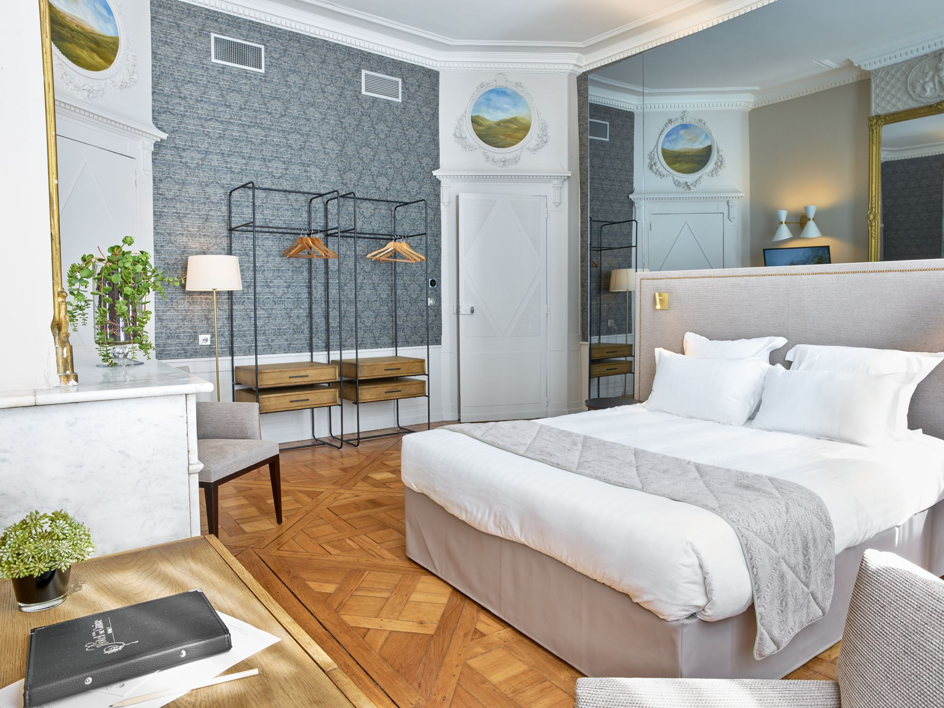 hotel de guise lorraine tourisme. Black Bedroom Furniture Sets. Home Design Ideas