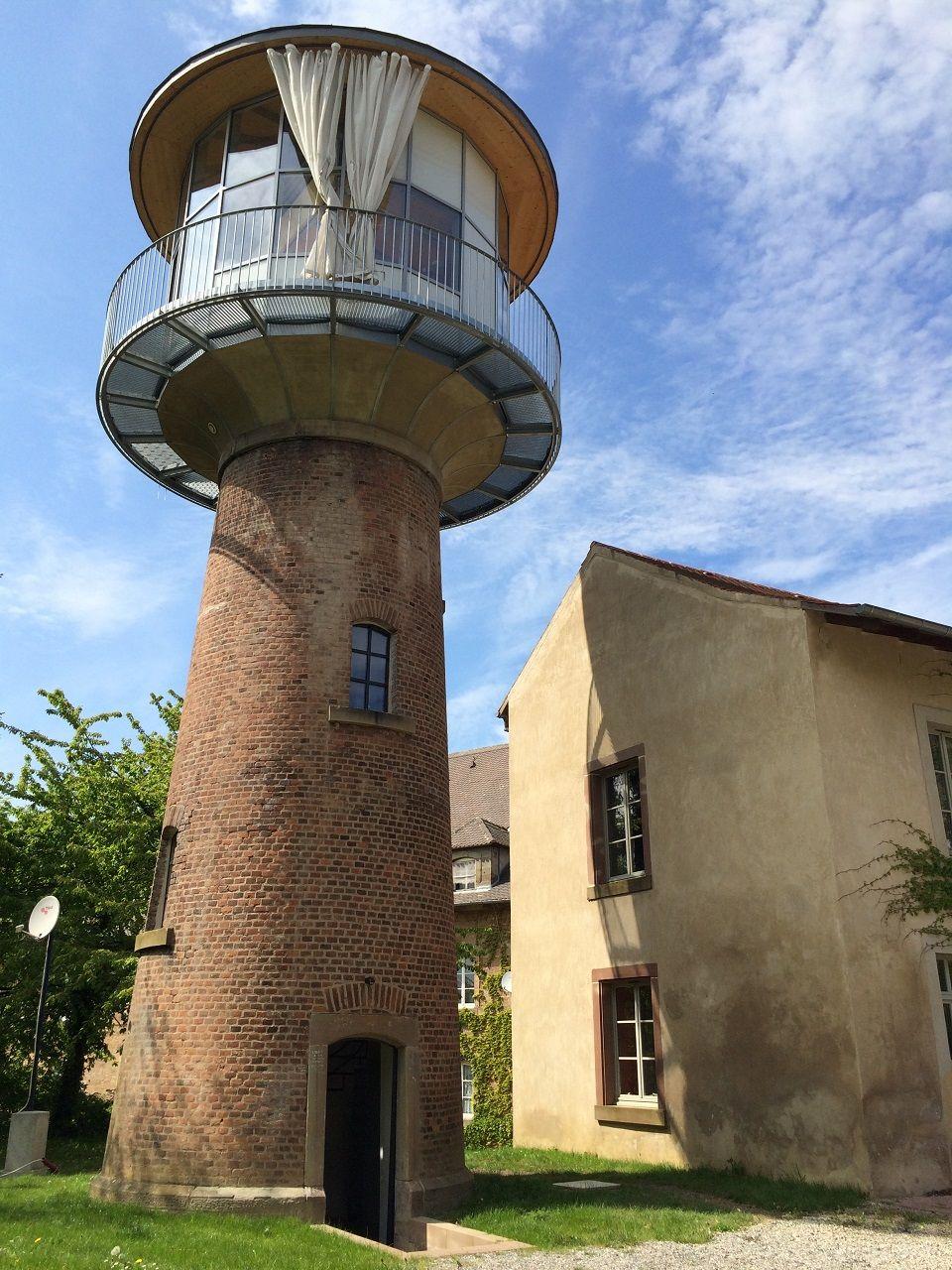 Gite insolite du chateau d 39 eau lorraine tourisme for Gite insolite